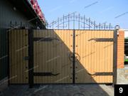 Простые кованые ворота ПВ-09