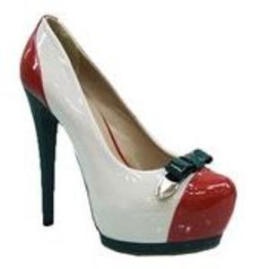 Интернет-магазин «Клуб-Обуви» недорогая качественная обувь